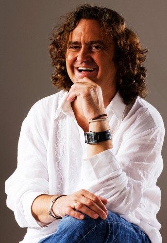 Paco Damas, Cantautor